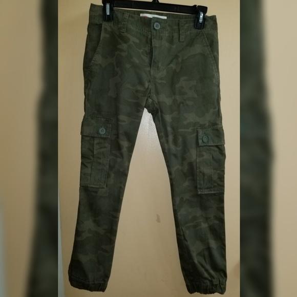 590890290 Levi's Bottoms | Boys Levis Camouflage Jogger Pants Size 14 | Poshmark